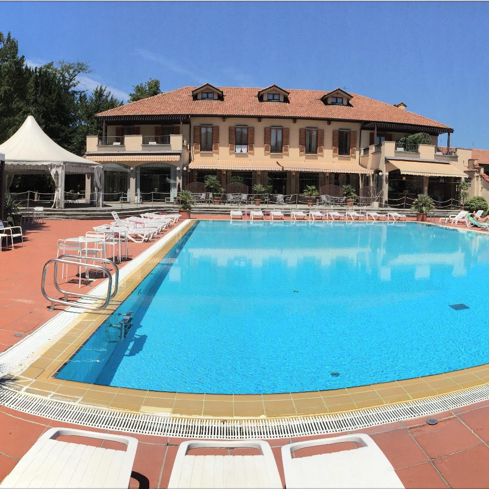 Hotel dei giardini nerviano sporteam - Piscina nerviano ...